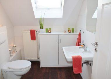bathroom-1228427